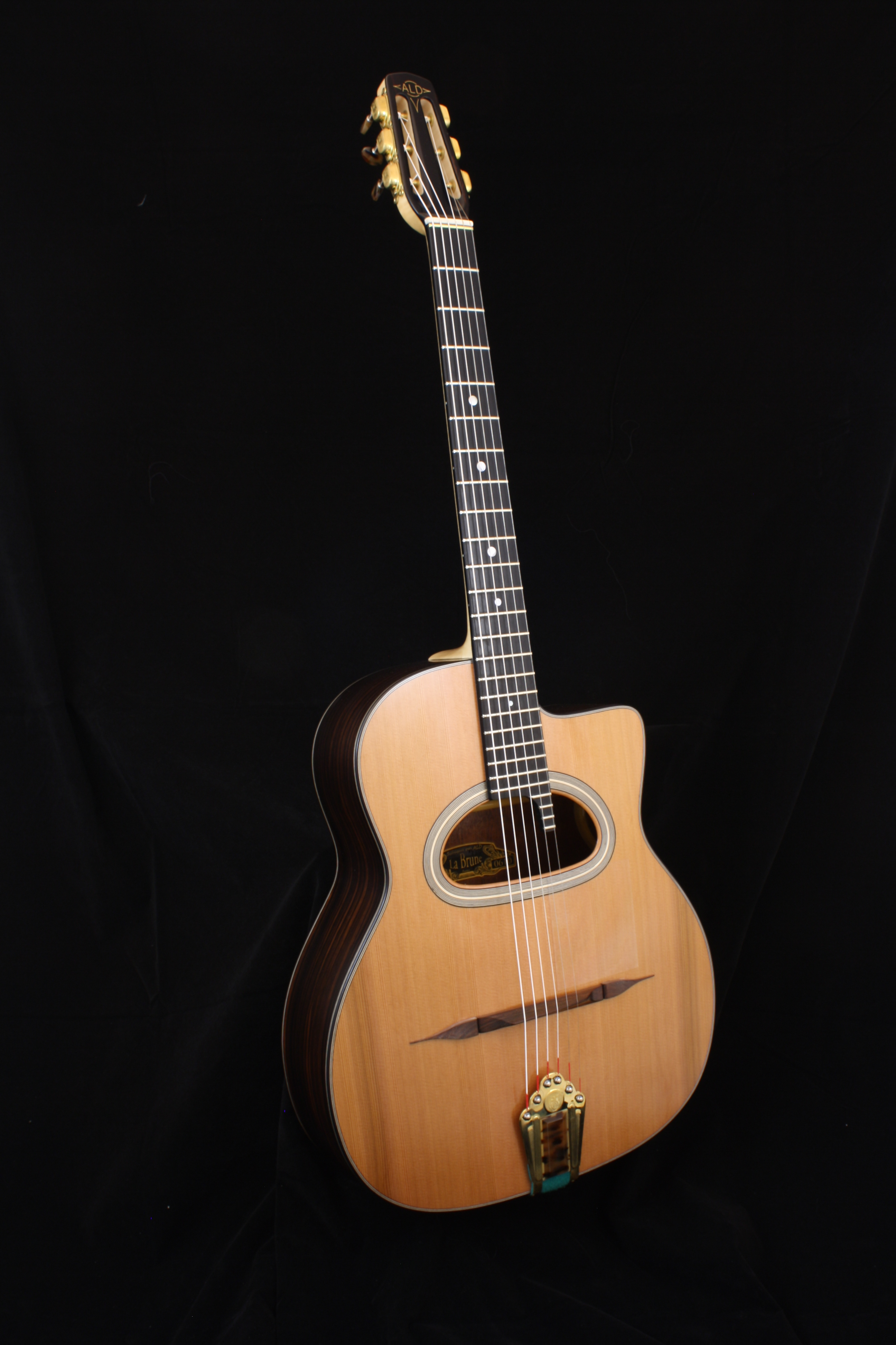 Guitare ALD Brune
